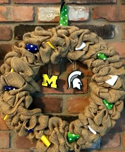 """Michigan and Michigan State House Divided 16"""" Burlap Wreath"""